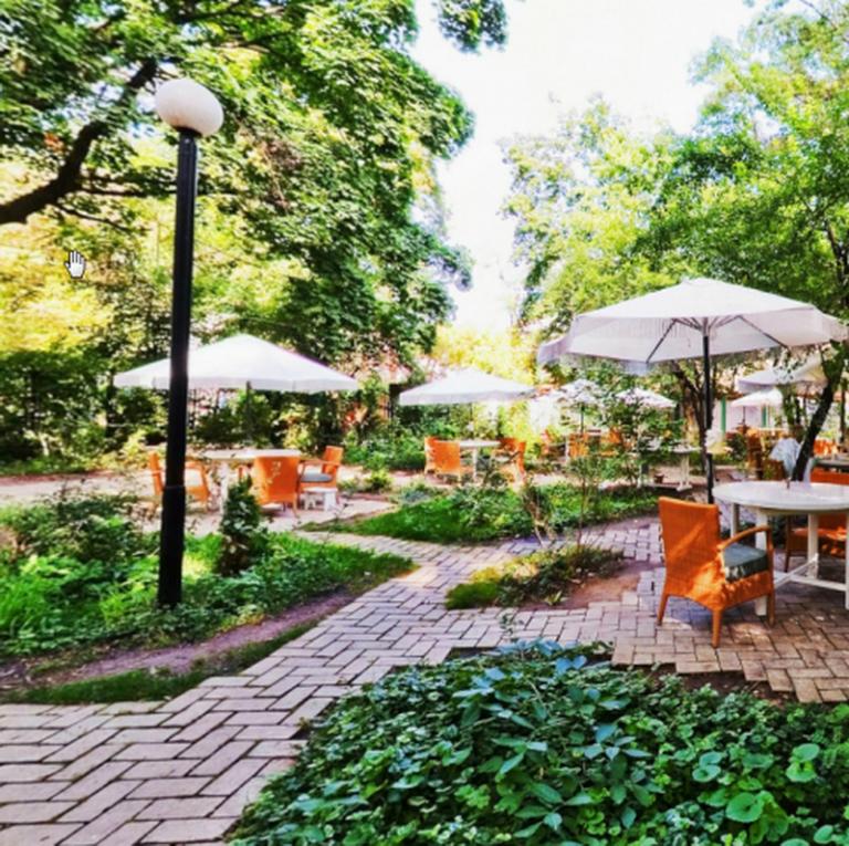 Dacha Restaurant
